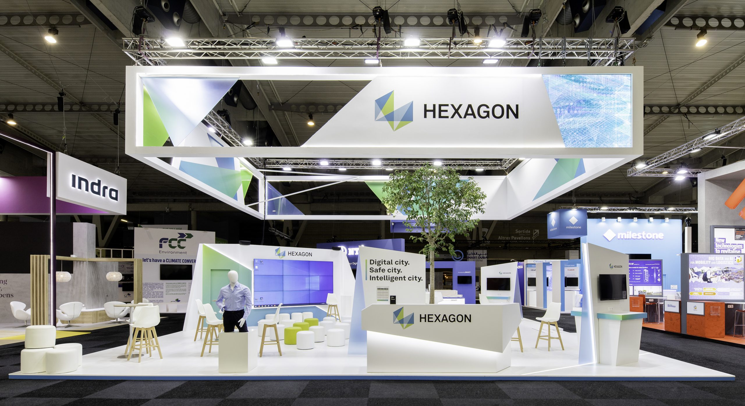HEXAGON / SMART CITY / BARCELONA